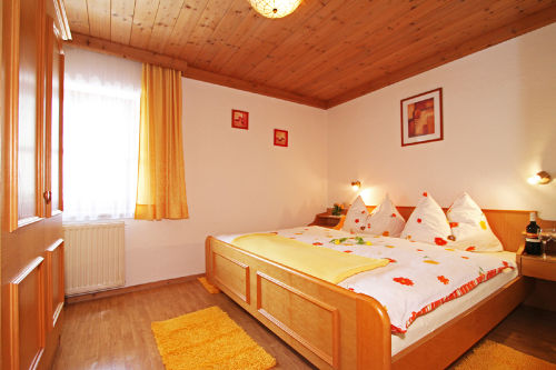 Doppelbettzimmer in Leogang