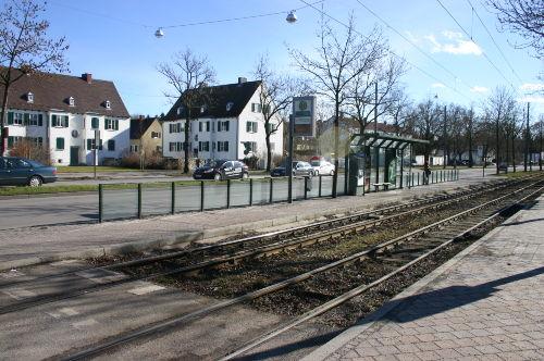 Haltestelle Linie 2 Enfernung 200 m