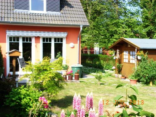 Garten mit Terrasse 1