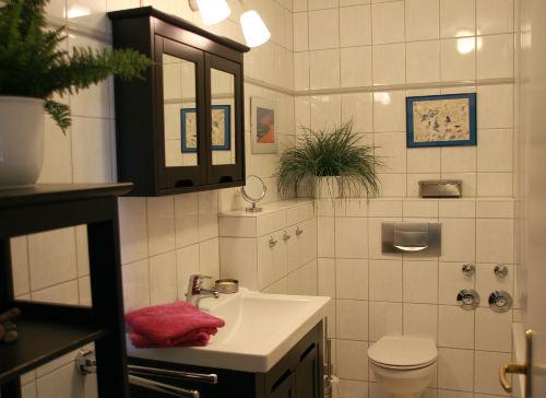 Duschbad mit Münzwaschmaschine