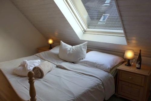 Das Elternschlafzimmer mit Verdunkelung