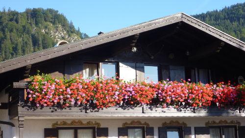Unser Balkon im Sonnenschein