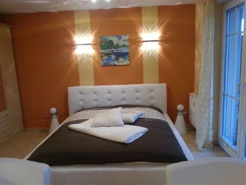 1 Raum Apartement mit Doppelbett