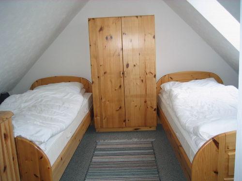 separater Schlafraum mit Einzelbetten