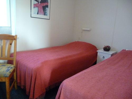 Schlaffzimmer mit 2 Einzelbetten