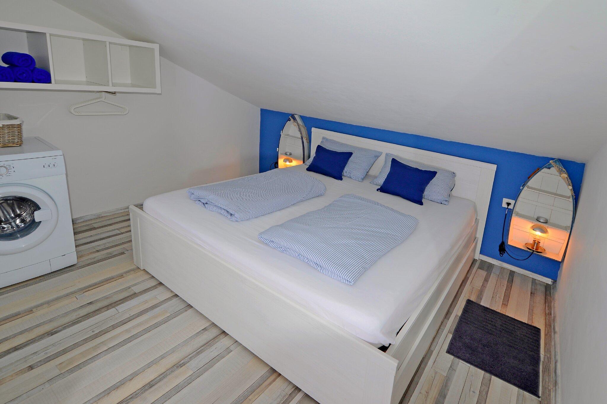 Klim. Zimmer mit Entspannungskissen