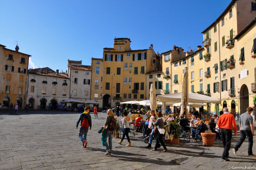 Lucca 20 km vom Camping