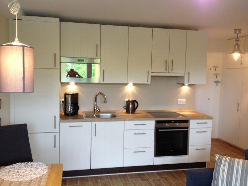 Küche in Wohnraum integriert