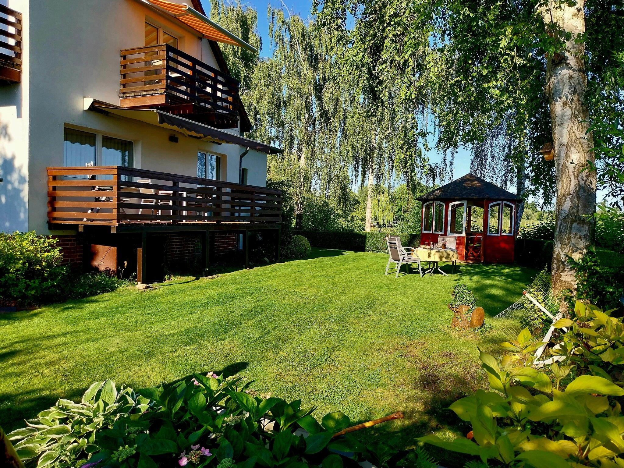Ruhesitz im Garten