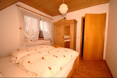 Schlafzimmer (Eltern)