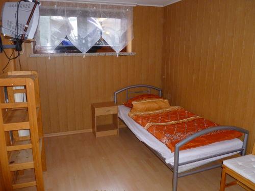 Einzelzimer /Auf Wunsch mit Beistellbett