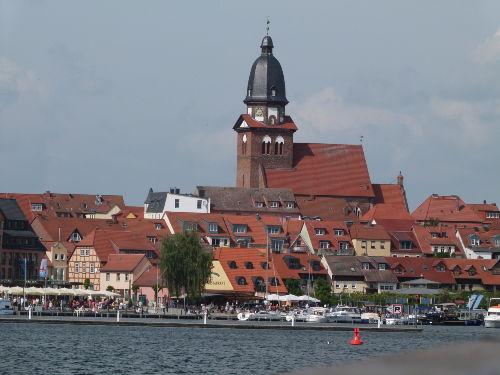 Waren Müritz, Blick auf den Stadthafen