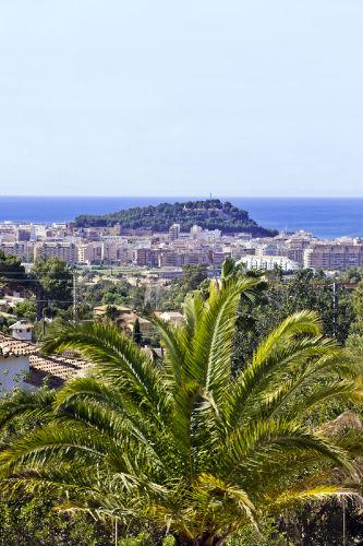 Blick auf Denia, Meer und Burg