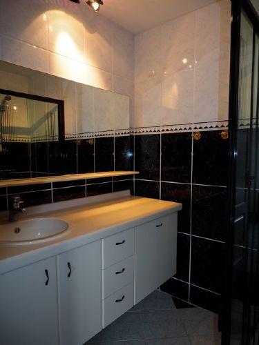 Erdgeschoss Badezimmer mit Douche