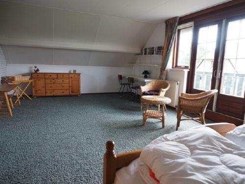 Schlafzimmer 32m²