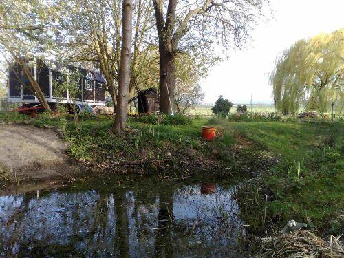 Schäferkarren am Teich