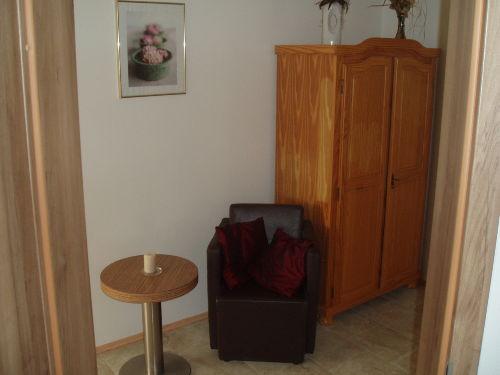 Durchgangsbereich Küche in Wohnzimmer