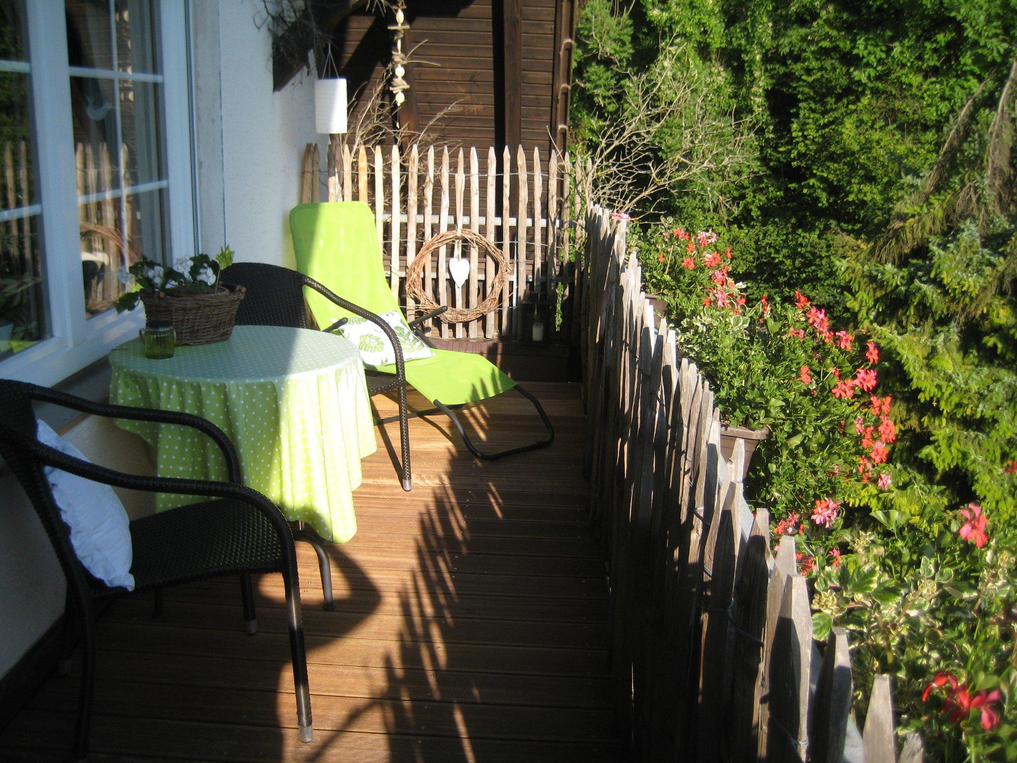 Wohnzimmer mit Ihrem eigenen Balkon