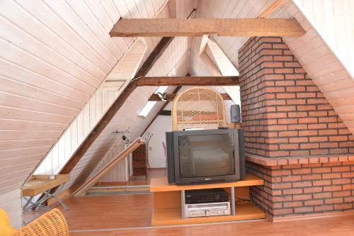 Schlafzimmer mit 1 Einzelbett im 1. OG