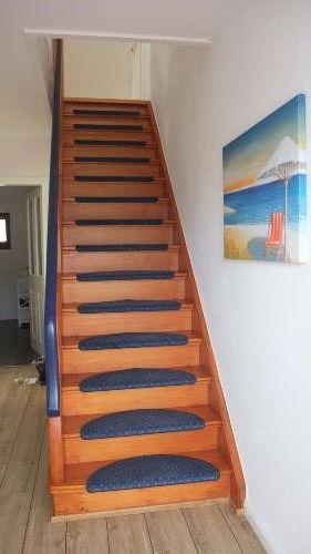 Treppenaufgang zum Schlaf- und Ruheraum