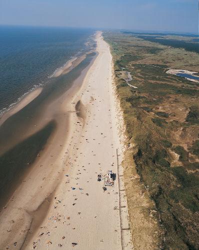 23 km schönes Strand und National Park.