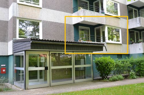 Eingangsbereich und Außenansicht