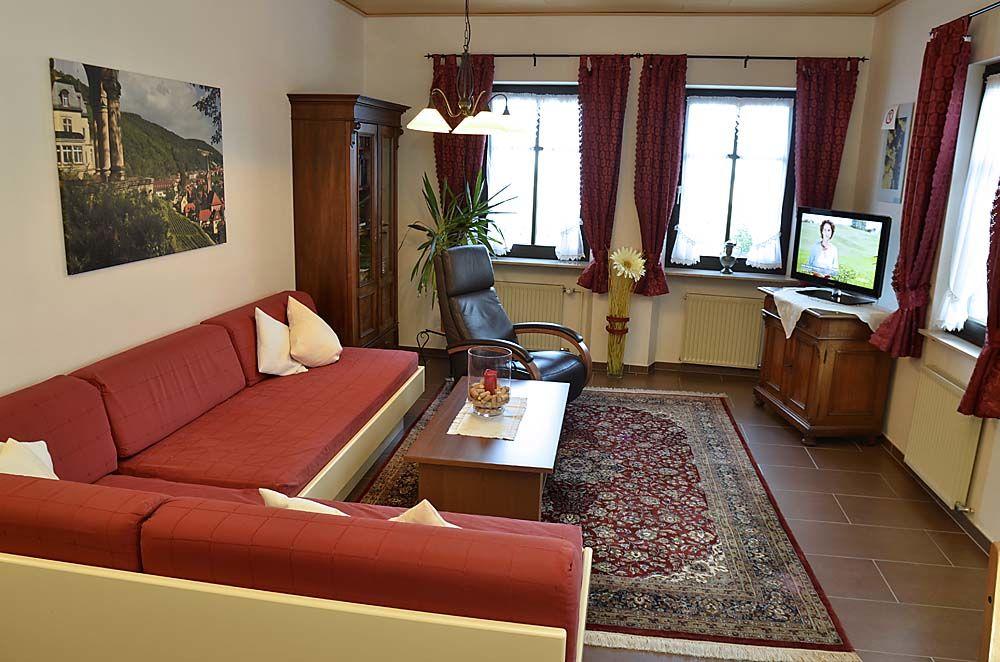 Ferienhaus winzerhof 39 wohnung silvaner 39 in neustadt an der for Wohnzimmer neustadt
