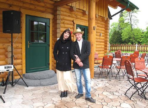 Uwe & Cornelia M�ller zur Er�ffnung