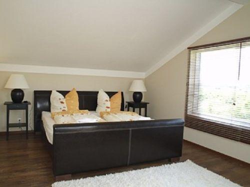 Schlafzimmer OG mit Panoramafenster