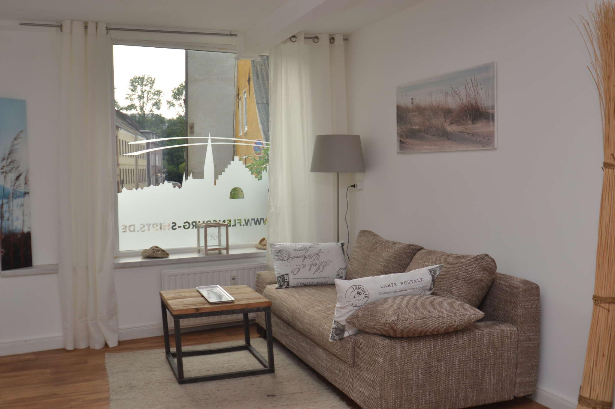 Helles und freundliches Wohnzimmer