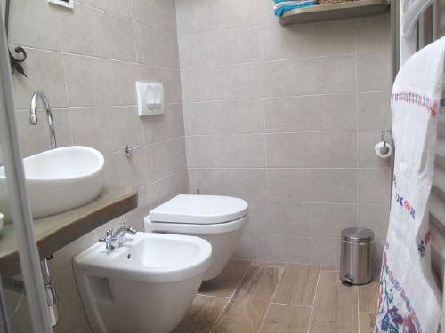 Dusche-Toilettes, kleine Schlafzimmer