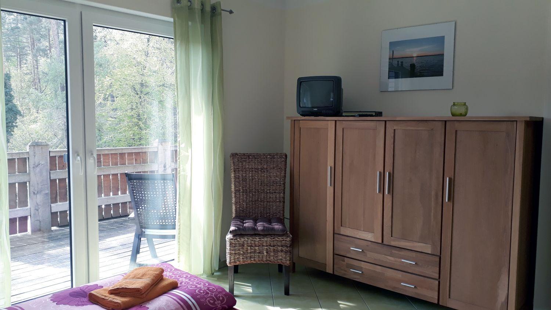 Das Wohnzimmer mit gem�tlicher Couch