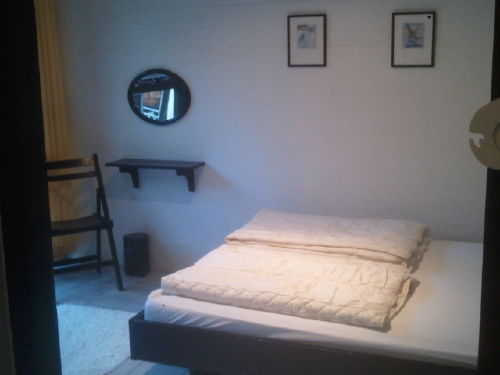 Ger�umige Eltern Schlafzimmer Doppelbett
