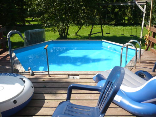 Erfrischung im Pool gefällig?