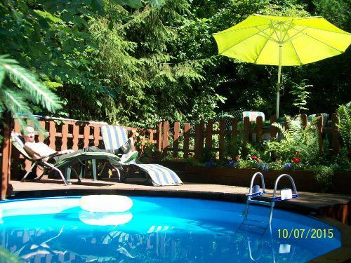 Ein Sommertag am Pool