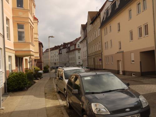 Fährhofstr. rechts das Haus mit der FeWo