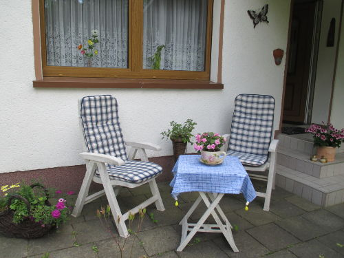 Sitzecke vor der Haustür
