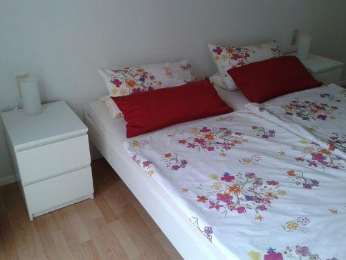 Bett (200 x 180) im Schlafzimmer