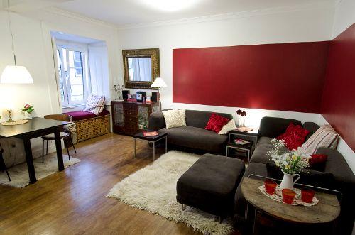 Wohnzimmer mit Blick auf die Gasse