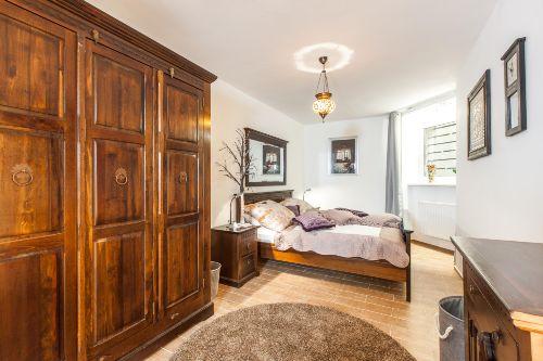 Schlafzimmer 3 Bauernbett 1,8 x 2,00