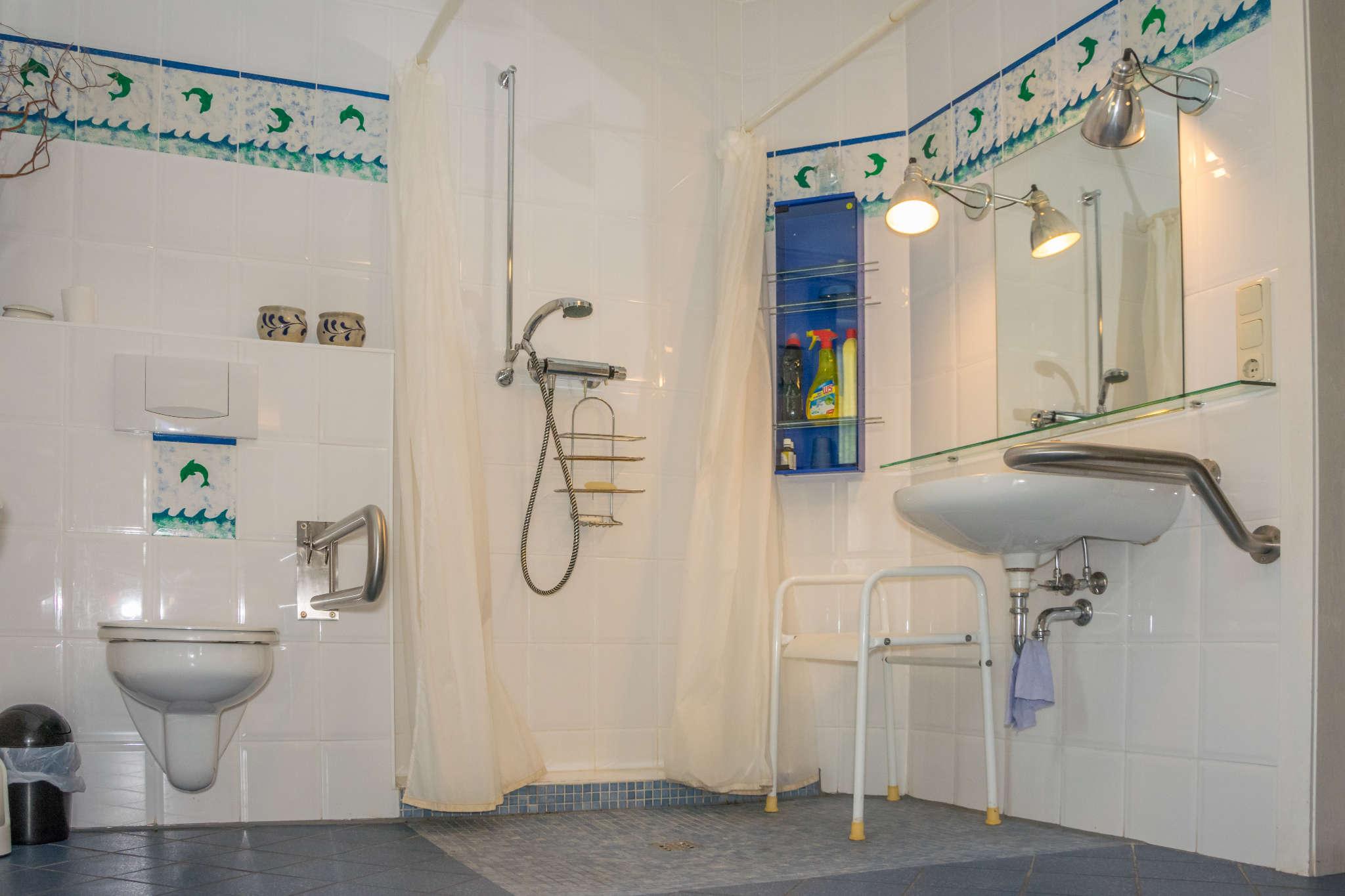 Das Badezimmer oben