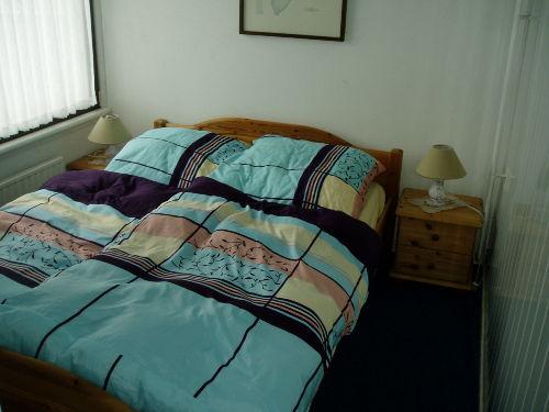 2e Schlafzimmer mit Doppelbett