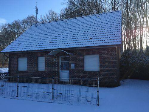 Ferienhaus Am Waldesrand im Winter