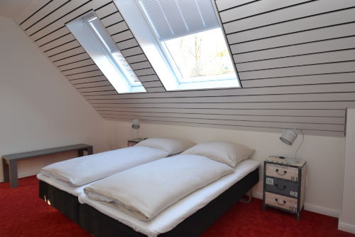Helles Schlafzimmer auf der 2. Ebene