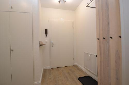 Eingangsbereich / Flur mit Stauraum
