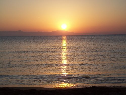 Sonnenuntergang am Strand von Kalathas