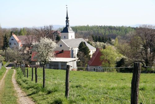 Blick zur Maxene Kirche