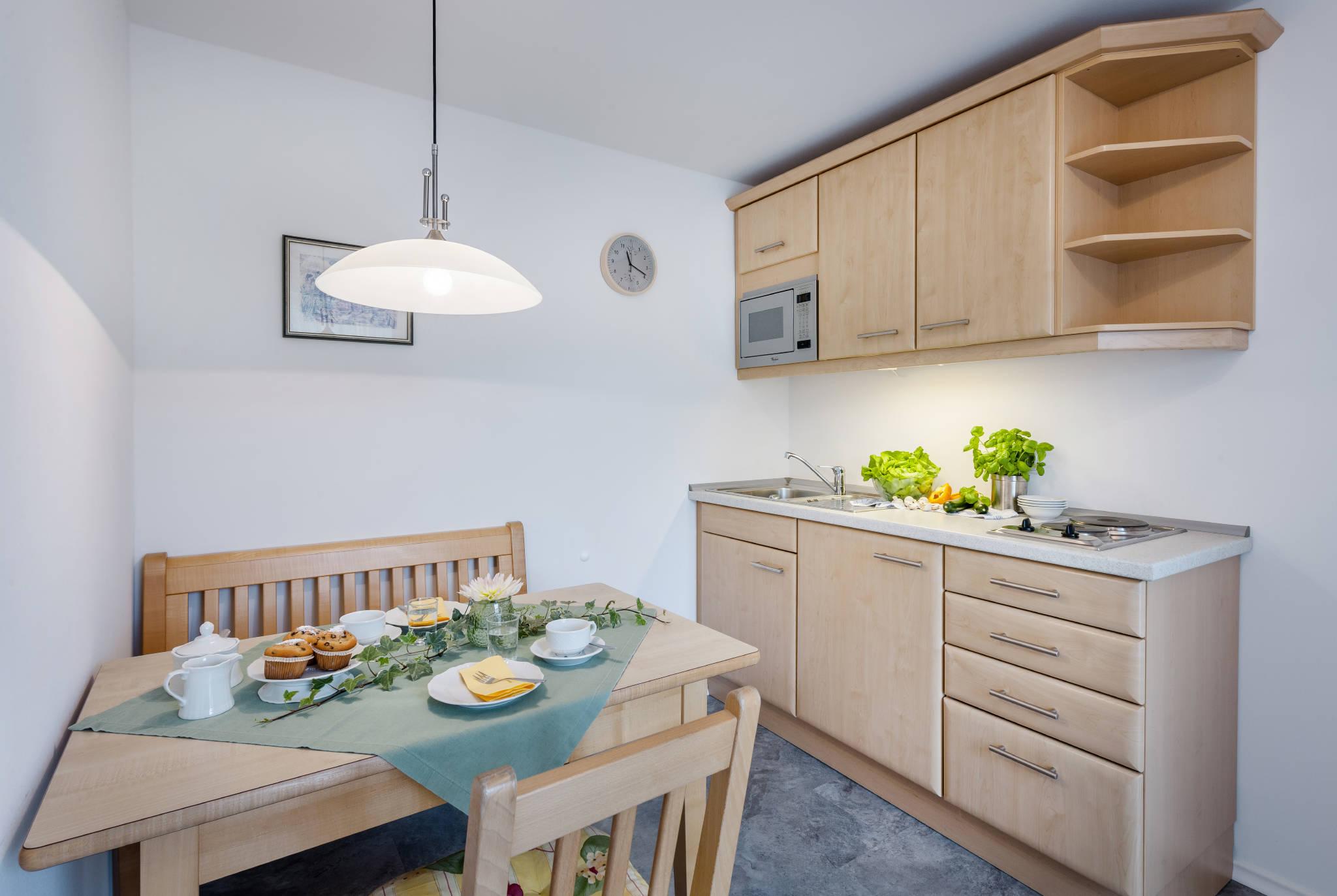 Wohnzimmer/Küchen Beispiel (Wohnung 8)