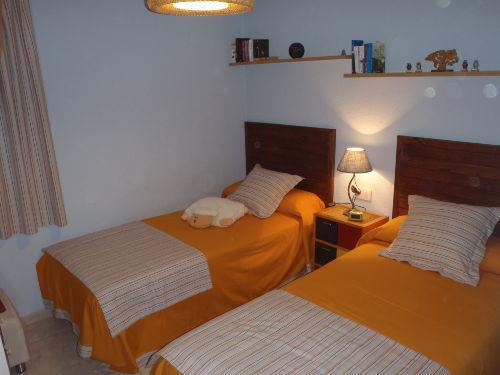 2 Zimmer mit zwei Einzelbetten 90