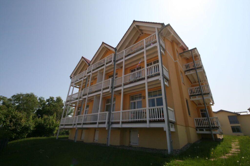 A.01 Villa Bergfrieden 3 & 4 Sterne Wohnungen mit